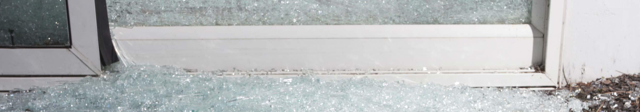 24 Hour Emergency Glaziers / Glass Repair Surrey, Hampshire & Berkshire